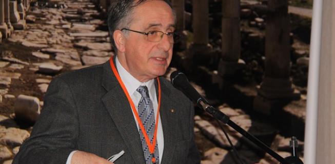Prof. Dr. Haluk Abbasoğlu'na Saygıyla…